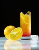 Świeży, zimny sok pomarańczowy na lodowym zakończeniu, Zdjęcie Royalty Free