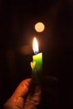 Świeczka z bokeh tłem Zdjęcia Royalty Free