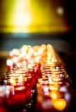 Świeczki światło i bokeh tło Obraz Royalty Free