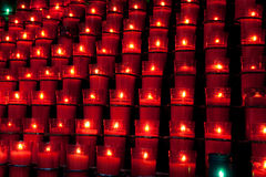 świeczki czerwieni rząd Fotografia Royalty Free