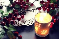 Świeczki jagody gałąź garbek Zdjęcia Royalty Free