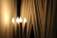 Świeczki jasnożółta lampa zdjęcie royalty free