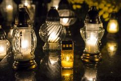 Świeczki na grób obrazy stock