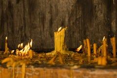 Świeczki w kościół Obrazy Stock