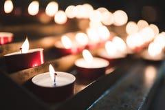 Świeczki w Włoskim kościół Obrazy Royalty Free