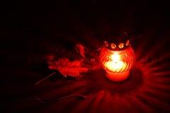 świeczki wotywnych zbliżenie czerwieni obraz stock
