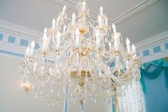 Świecznik w wnętrzu, luksusowy wnętrze, rocznik, retro Obraz Stock
