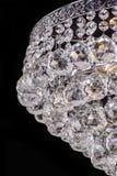 Świecznika światło w wnętrzu, Chrystal świecznika zakończenie krystaliczna część od świecznika, świecznik, oświetlenie, wyposażen Zdjęcie Royalty Free