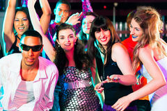 świetlicowi dancingowi dyskoteki przyjęcia ludzie Obrazy Stock