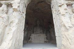 Świetne Buddha statuy longmen groty rzeźbią na falezie w górach Obraz Stock