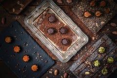 Świetni czekoladowi pralines zdjęcie royalty free
