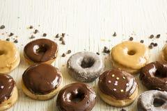 Świezi donuts w pudełku Donuts Obrazy Stock