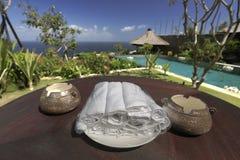 Świezi ręczniki na stole Zdjęcie Royalty Free