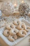 Świezi Waniliowi ciastka Z Sproszkowanym cukierem Dla bożych narodzeń Zdjęcia Stock