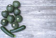 Świezi warzywa na drewnianej stołu i kopii przestrzeni Obraz Stock