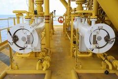 Świniowata wyrzutnia w ropa i gaz przemysle, Czyści drymby kreskowy wyposażenie w ropa i gaz przemysle, Czyści up piszczeć proces Zdjęcie Stock