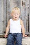świszczący dziewczyn potomstwa Zdjęcia Royalty Free