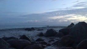 Świt na NaPali wybrzeżu - widok od skał blisko Polihale plaży na Kauai wyspie, Hawaje zdjęcie wideo