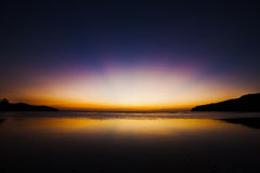 Świt nad tropikalnym oceanem zdjęcie stock