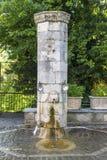Źródło w górskiej wioski Pramanta regionie Tzoumerka, Grecja zdjęcie royalty free