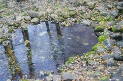 Źródło woda pitna, otaczający starymi kamieniami fotografia stock