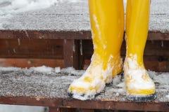 Żółta guma lub Wellington buty obrazy royalty free