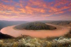 Żółta rzeka w pomarańczowej atmosferze, Chiny zdjęcie stock