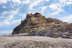 Żółta siarki skała na Vulcano wyspie Zdjęcia Royalty Free