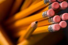 żółte ołówków, obrazy stock