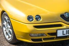 Żółty Alfa Romeo zdjęcia stock