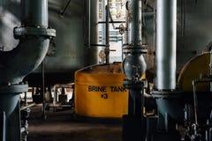 Żółty Brine zbiornik Indiana - Zaniechanego Indiana wojska Amunicyjna zajezdnia - fotografia royalty free