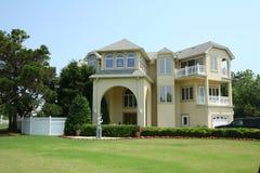 Żółty dom Zdjęcie Royalty Free