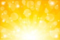 Żółty starburst tło z błyska Błyszczących słońce promieni wektorowa ilustracja z bokeh zaświeca zdjęcie royalty free