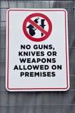 Żadny pistolet bronie lub noże zdjęcia royalty free