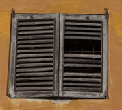 żaluzi łamany okno Obraz Stock