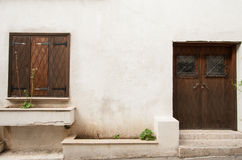 Żaluzja i drzwi Cypr dom fotografia royalty free
