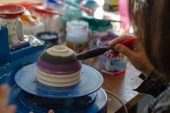 Żeński ceramiczny artysta fotografia royalty free