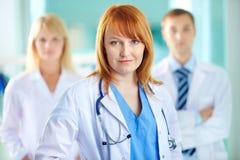Żeński lekarz praktykujący Zdjęcie Stock