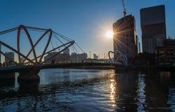 Żeglarzi most i zmierzch fotografia royalty free