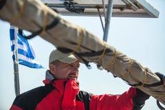 Żeglarzi uczestniczą w żeglowania regatta Ellada 20th jesieni 2018 wśród Greckiej wyspy grupy w morzu egejskim obraz stock