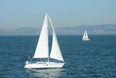 Żeglować w San Fransisco zatoce Obrazy Stock