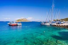 Żeglowanie jachty i przyjemności łodzie Zdjęcia Royalty Free