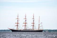 Żeglowanie statek Sedov żegluje folował morze po tym jak finał Wysocy statki Ściga się 2017 w Stettin na (0) Trzebiez Polska, Sie Fotografia Stock