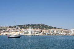 Żeglowanie statek w Sete schronieniu w południe Francja obraz royalty free