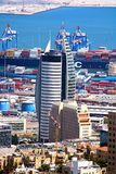Żegluje, jest Basztowego, oficjalnie Gromadzkiego rzędu centrum budynku b, rzędu budynkiem i drapaczem chmur Obrazy Royalty Free