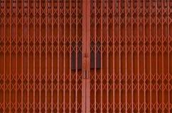 żelazna drzwi pomarańcze Zdjęcia Royalty Free