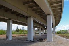 Żelaznej budowy wiaduktu drogowy zakończenie zdjęcie royalty free