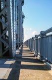 Żelazo stary most Dla target266_1_ kanał zdjęcia stock