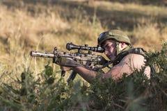 żołnierz broń zdjęcia stock