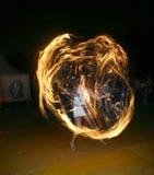 żonglerem przeciwpożarowe Obrazy Royalty Free